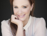 Lauren Holly Discusses Her TV Show 'Motive,' Child Bullying & Raising 3 Boys Away From Hollywood (Exclusive Interview)