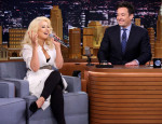 Watch Christina Aguilera Flawlessly Impersonate Cher, Britney Spears & Shakira
