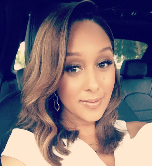 Tamera Mowry Gives 3 Makeup Tips for Transitioning into Spring