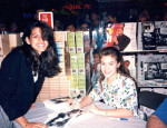 Throwback Thursday: 15-Year-Old Eva Mendes Meeting a Teen Alyssa Milano