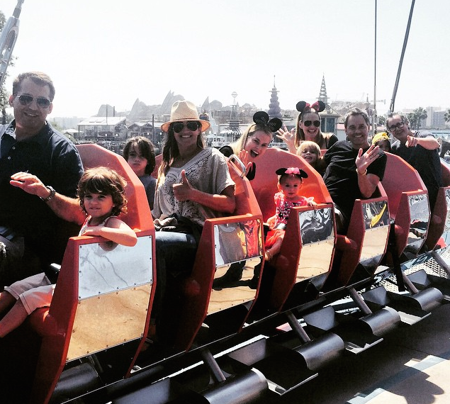 Molly Sims' Tips on Navigating an Amusement Park with Kids