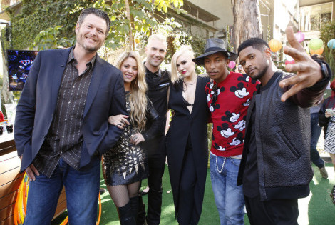"THE VOICE -- ""Live Show"" Episode 619A -- Pictured: (l-r) Blake Shelton, Adam Levine, Gwen Stefani, Pharrell, Usher -- (Photo by: Trae Patton/NBC)"