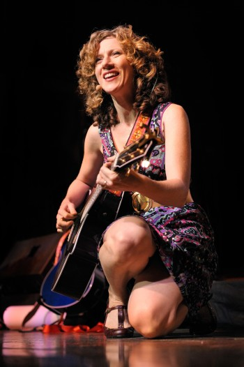 Laurie Berkner Dishes on Music & Mommy Moments