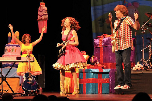 Laurie Berkner Dishes on Music, Mommy Time & More