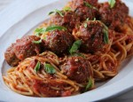 Tia Mowry's Spaghetti and Turkey Meatballs' Recipe
