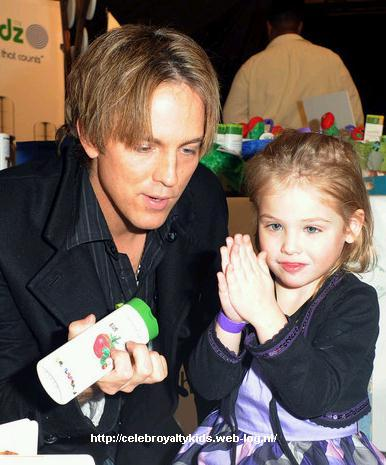 5 Celebrity Dads Who Retired From Hollywood to Raise Their Kids